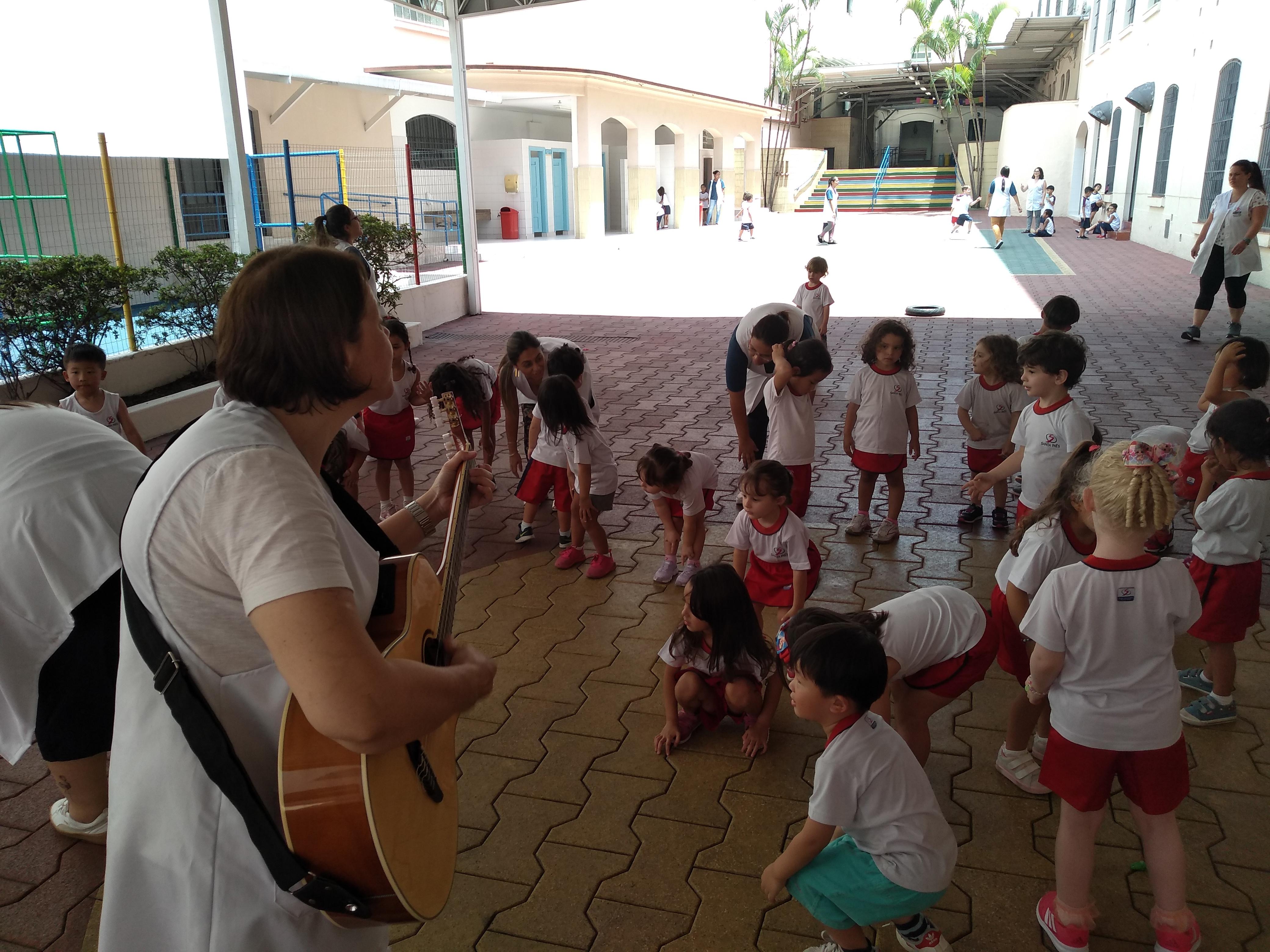Educação Infantil faz uma aula diferente no Programa Bilíngue