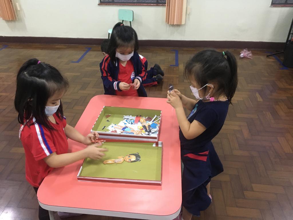 Crianças do Infantil 2 exploram a criatividade nos