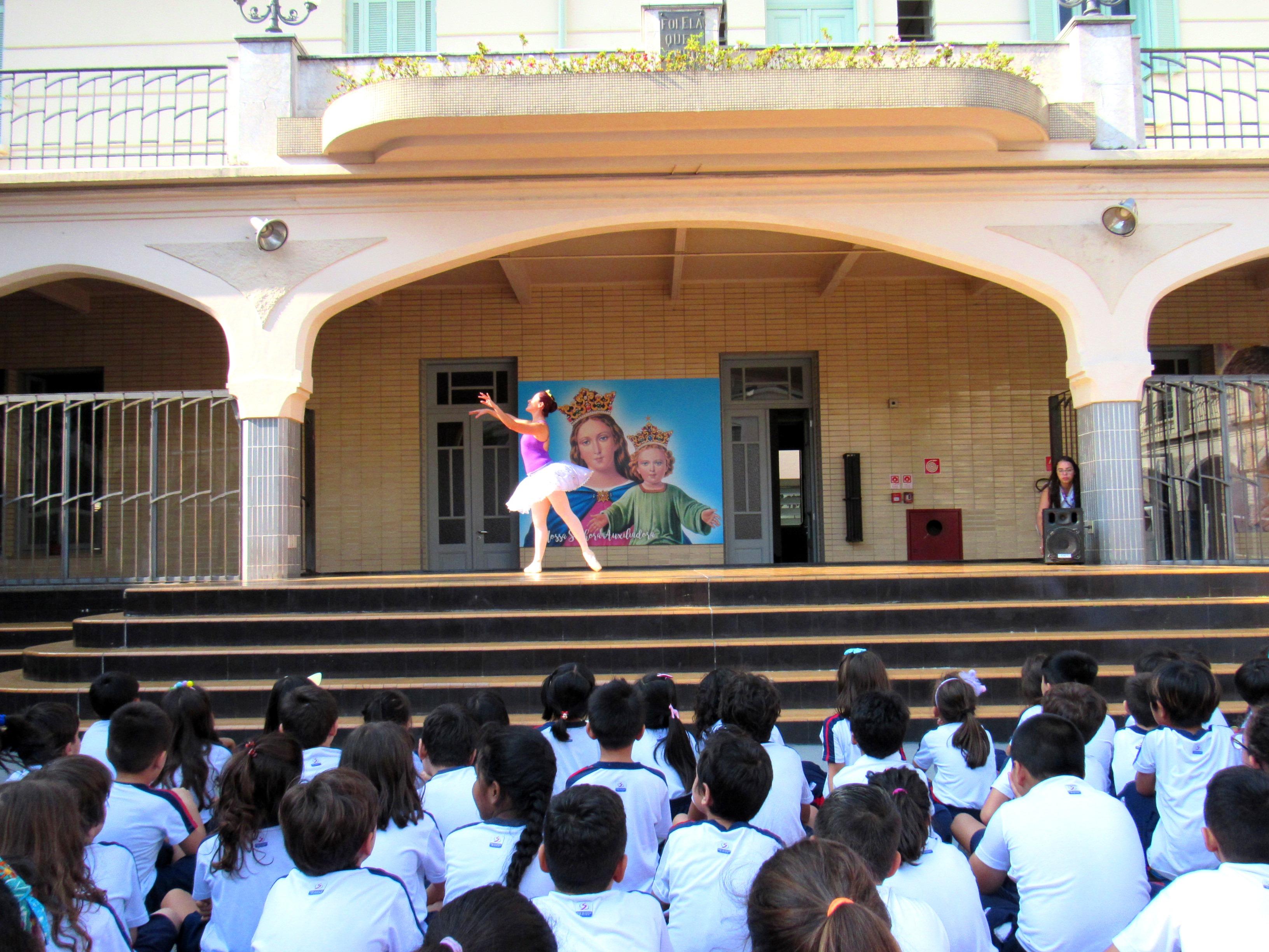 A dança faz parte do Colégio de Santa Inês